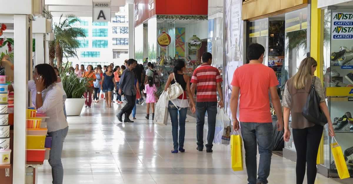 Auxílio Emergencial minimizou perdas do varejo durante pandemia, diz Fecomércio