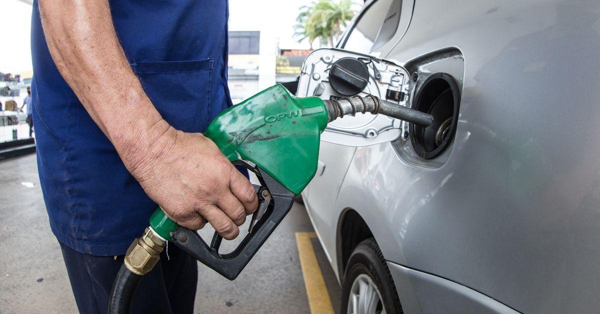 Gasolina mais cara do Brasil é encontrada no RS por R$ 7,49 o litro