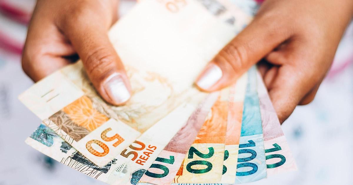 Bolsa Família: Bolsonaro anunciou benefício de R$ 300 para o novo programa