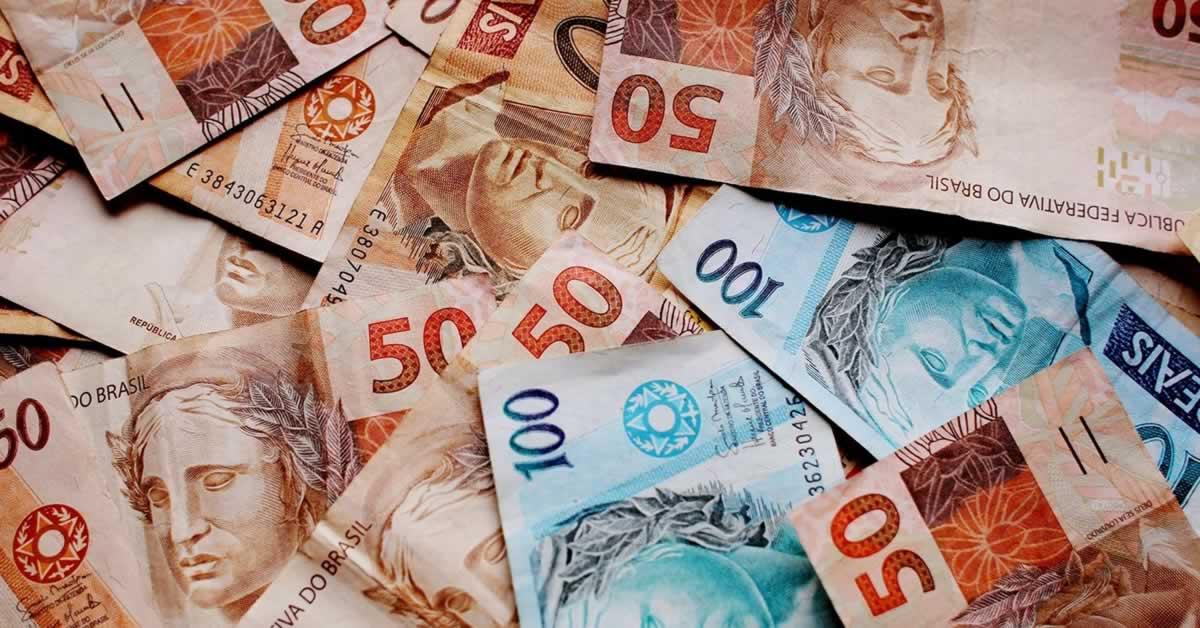 Equipe econômica planeja cortes no Sistema S e no Simples Nacional