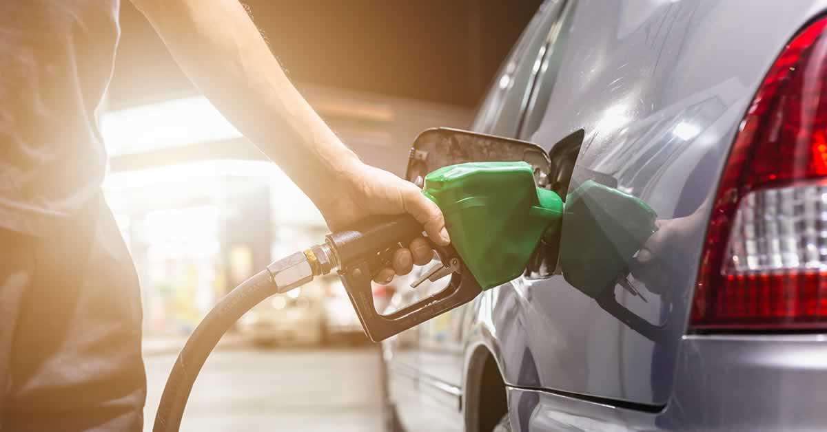 ICMS sobre combustíveis: Bolsonaro diz que apresentou projeto ao Congresso para fixar tributo