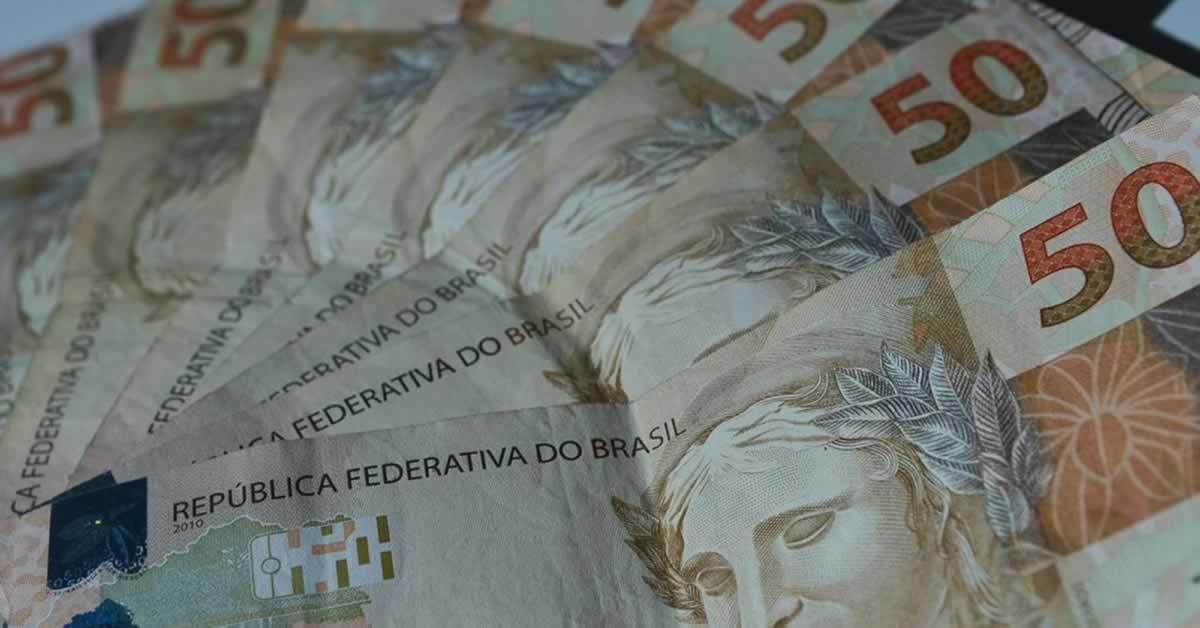 Auxílio emergencial e agenda fiscal: governo avalia que próximos 30 dias serão 'decisivos'