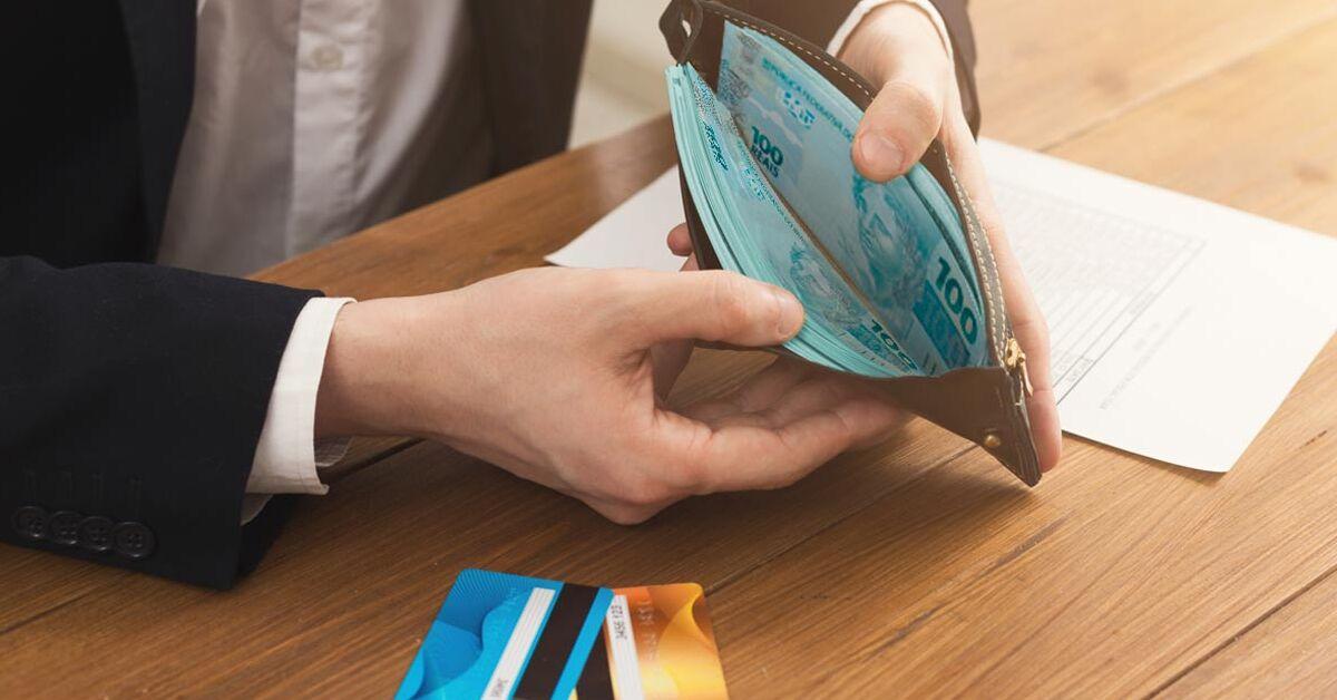 Taxa média do empréstimo pessoal varia 0,95% em outubro e do cheque especial se mantém em 7,96% ao mês
