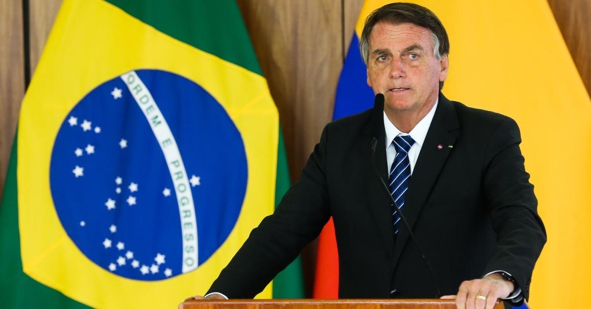 Auxílio diesel: Bolsonaro promete ajuda a caminhoneiros autônomos diante do aumento do combustível
