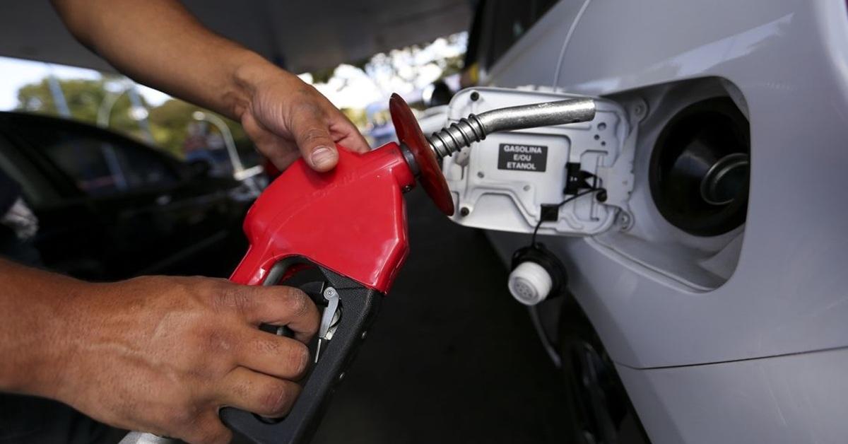 ICMS combustíveis: estudo aponta impacto de novo cálculo do tributo para estados e consumidores