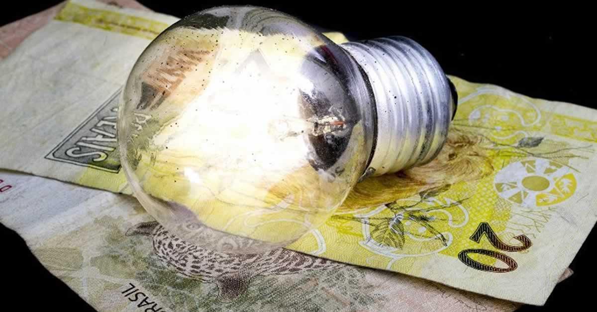 Governo prorroga isenção da conta de luz por mais 60 dias