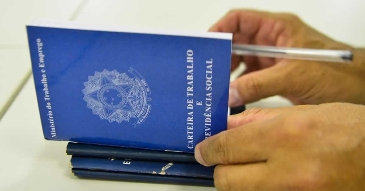 Brasil abre 394 mil empregos formais em outubro