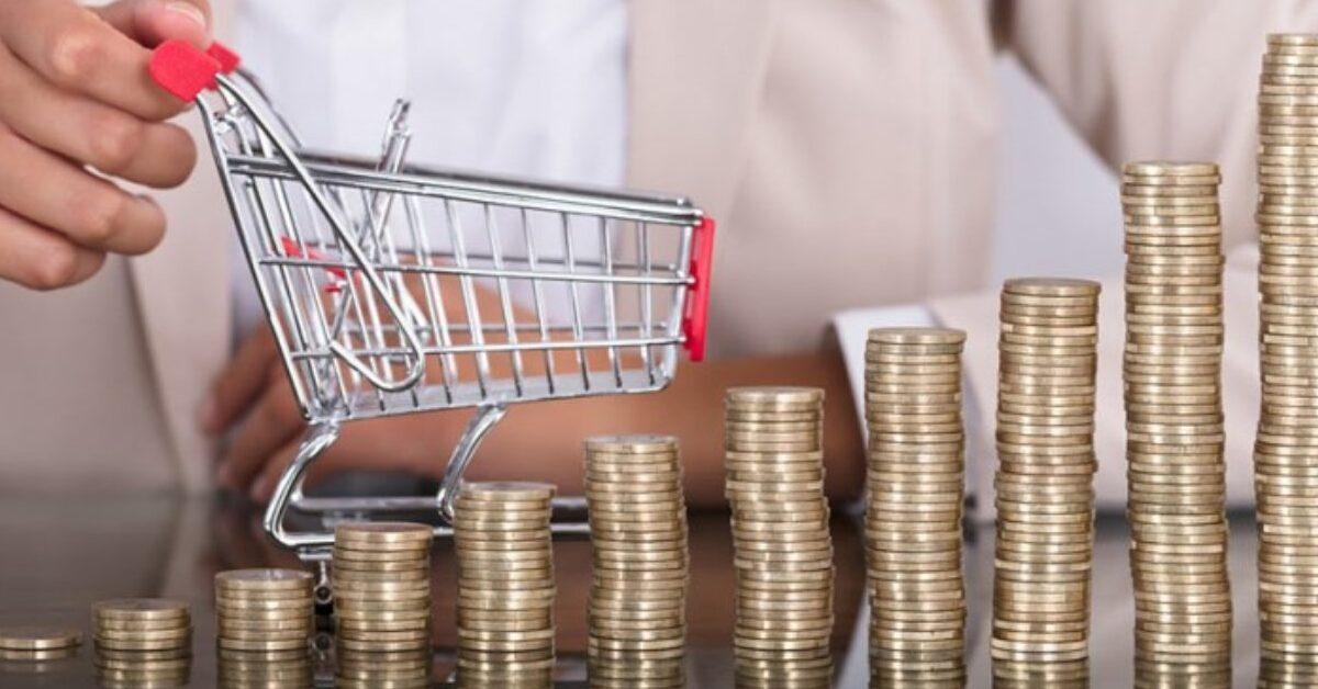 Inflação têm maior impacto em famílias de baixa renda e provoca alta de 21,3% na busca por crédito